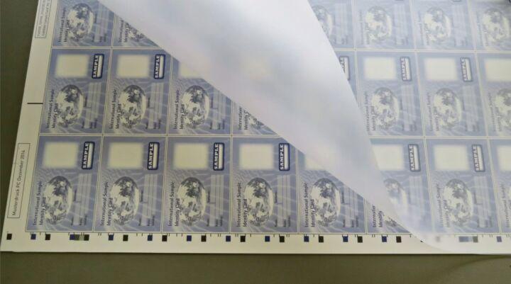 Bildfolge Kartenproduktion Smart Card Bild 15