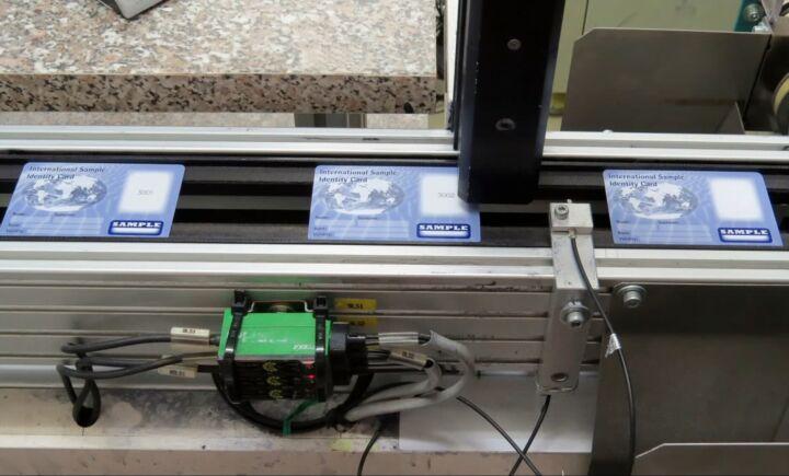 Bildfolge Kartenproduktion Smart Card Bild 18