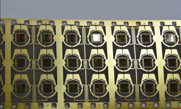 Bildfolge Kartenproduktion Smart Card Bild 4